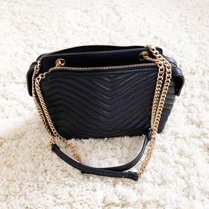 Like new Forever 21 quilted chevron bag